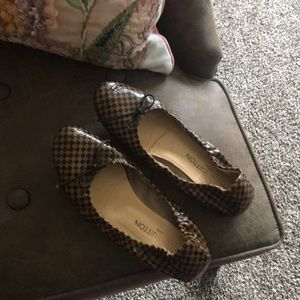Louis Vuitton ballet flats 36